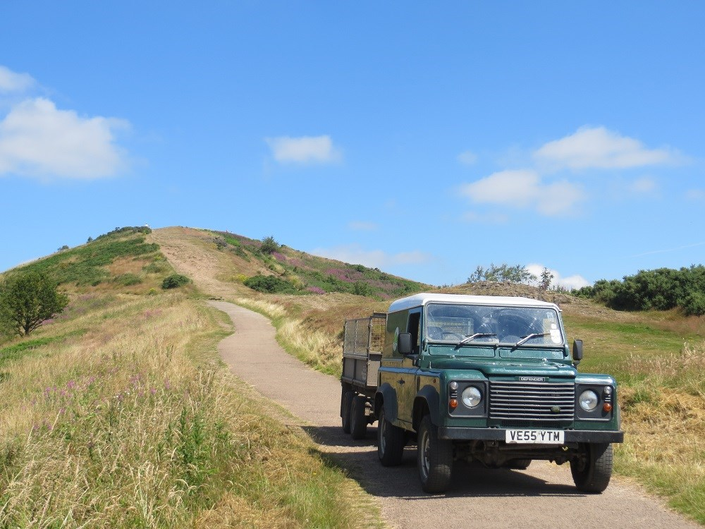 Landrover Beacon Road website.jpg